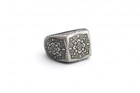 ANANDA anello argento e incisione mandala